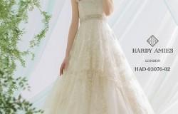 本日入荷のドレスをご紹介させて頂きます。。(レンタルドレス 大阪・2次会・ウェディングドレス・カラードレス・タキシード・挙式・披露宴・海外挙式)